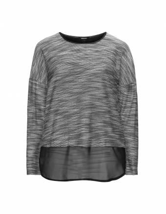 Materialmix-Shirt mit Schlitz hinten